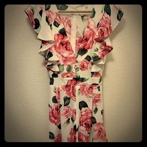 Charlotte Russe Floral Tie Back short Romper